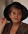 Irina Petraş cu pălărie 2006 _ http://www.irinapetras.ro/Poze/carti/16_august2006_de_postat.jpg