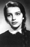02 Irina Petraş la 18 ani _ http://www.irinapetras.ro/Poze/carti/Irina_Petras_la_18_ani.jpg