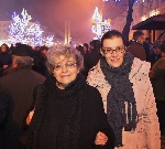 Irina Petraş cu Laura Poantă 31 dec. 2013 _ http://www.irinapetras.ro/Poze/carti/laura_si_Irina_de_postat.jpg